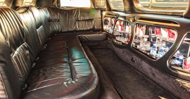 Novato 8 Passenger Stretch Limousine Interior